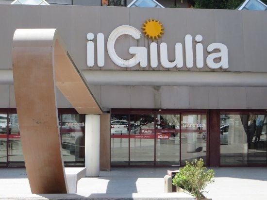 (OFFERTA DI LAVORO) Il Giulia, nuovo format di ristorazione: si ricerca personale