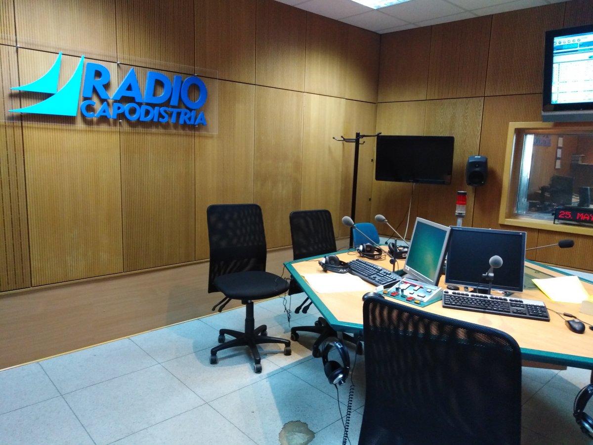 Radio Capodistria, a rischio la frequenza in Italia: il grido d'allarme dei dipendenti