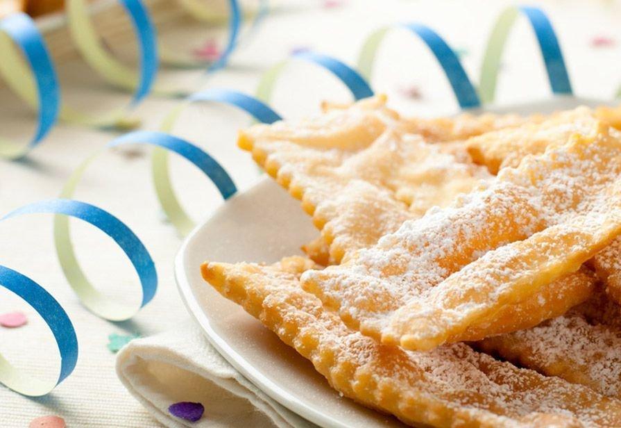Crostoli, una ricetta semplice e veloce per questo Carnevale