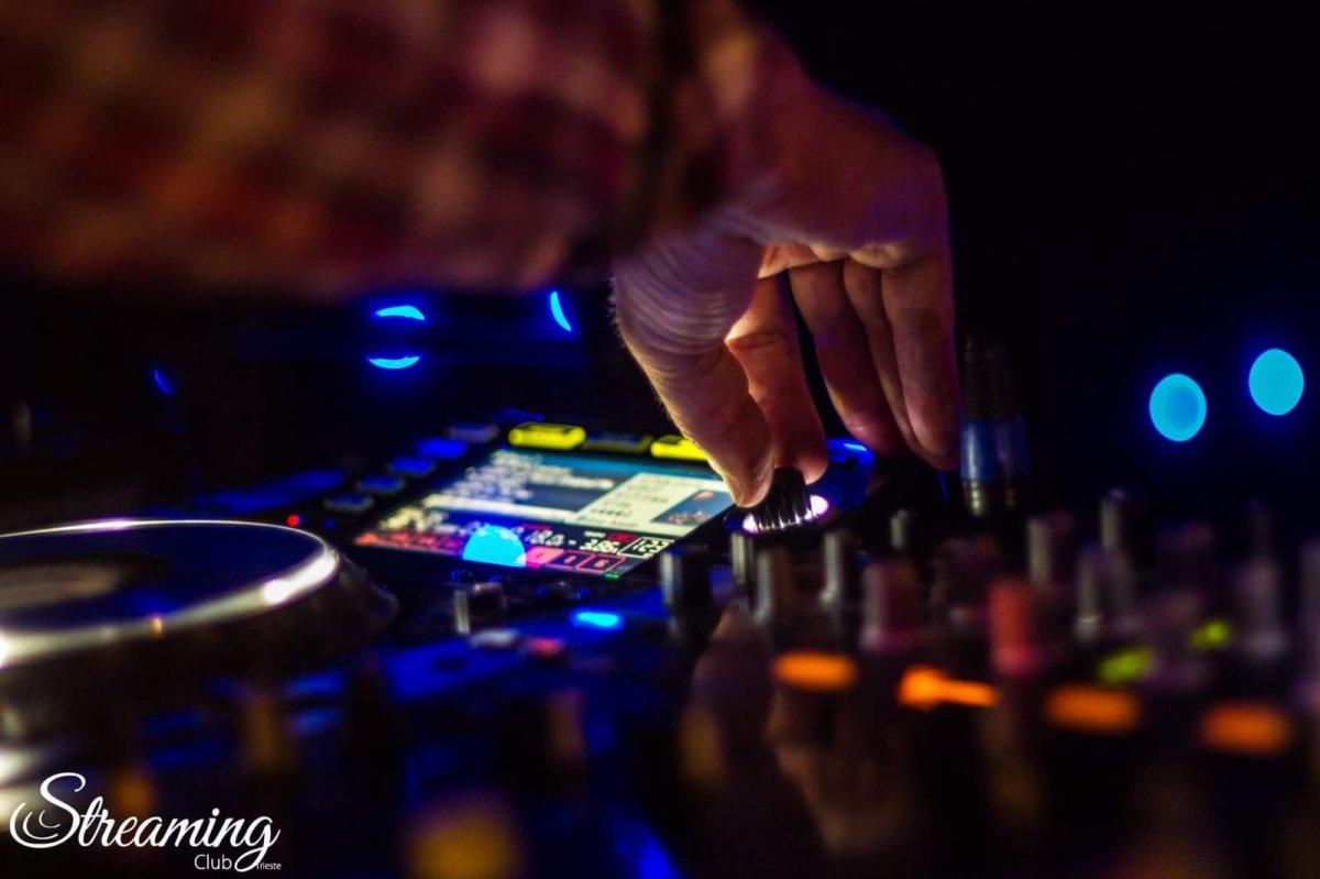 Streaming Club, sabato