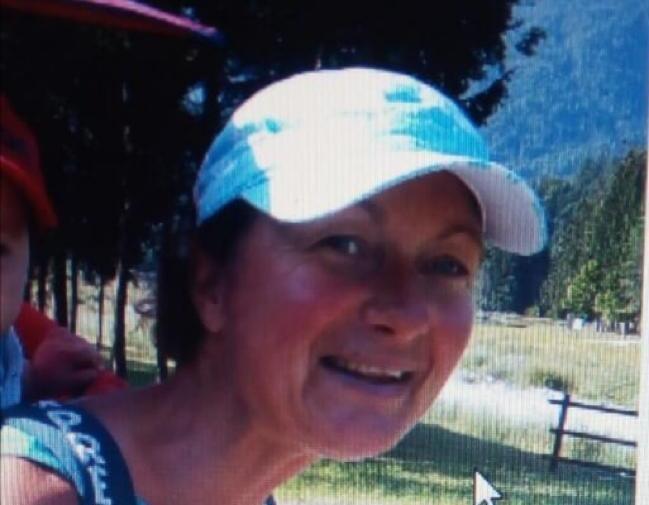 Scomparsa Lorena, appello dei familiari
