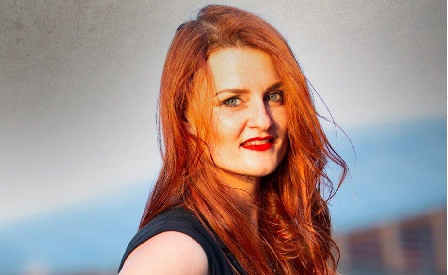 Irene Fornaciari in diretta su Trieste Cafe, giovedì video-chat con gli ascoltatori