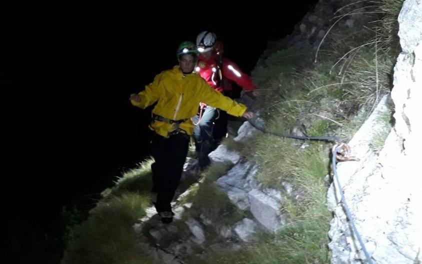 Monte Chiampon, in difficoltà per buio e pioggia: recuperata ragazza in salvo