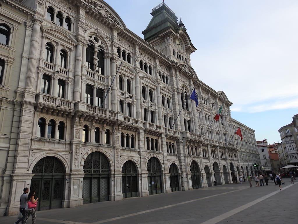 Comune di Trieste, concorso per 12 posti a tempo indeterminato di Istruttore Educativo