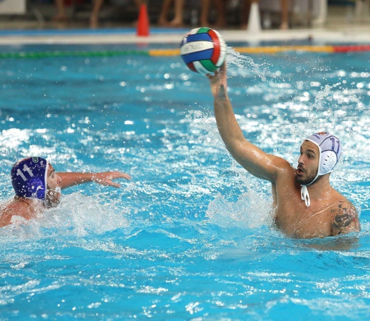 Pallanuoto, A1 maschile: la capolista Pro Recco batte Trieste (9-2)