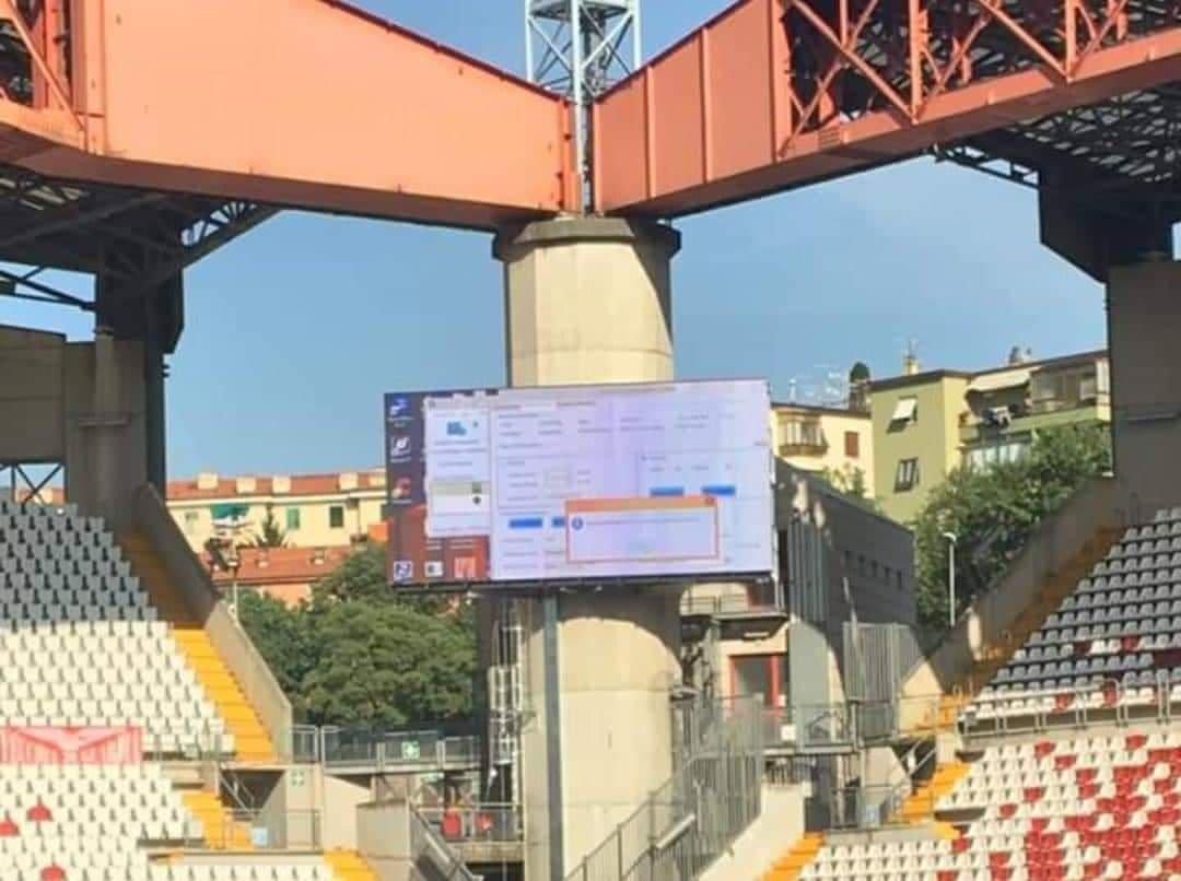 Maxi schermi al Rocco, dalla prossima partita casalinga caratteri più grandi