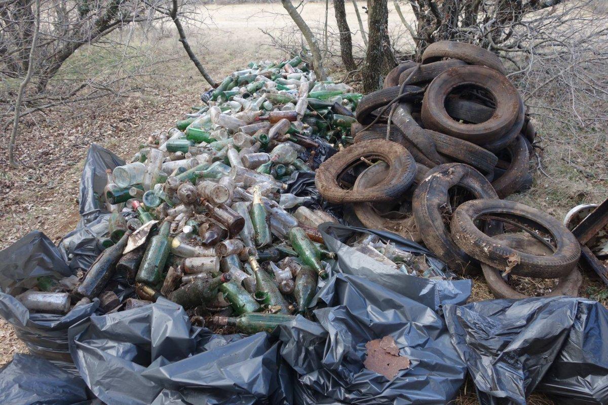 SOS CARSO, domenica di lavoro: raccolti 120 sacchi di rifiuti!