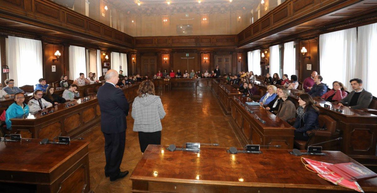 Studenti di Praga in visita: ricevuti in Municipio, ospiti di famiglie dei ragazzi della scuola Corsi