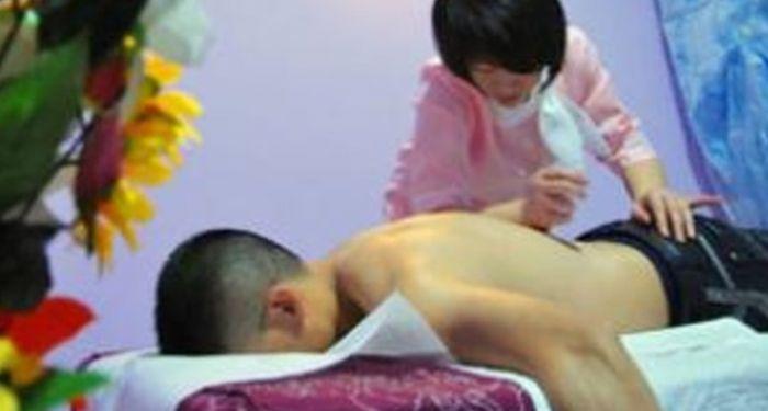 """Monfalcone, chiusi 6 centri massaggi """"centri della prostituzione"""": arrestato cittadino cinese"""