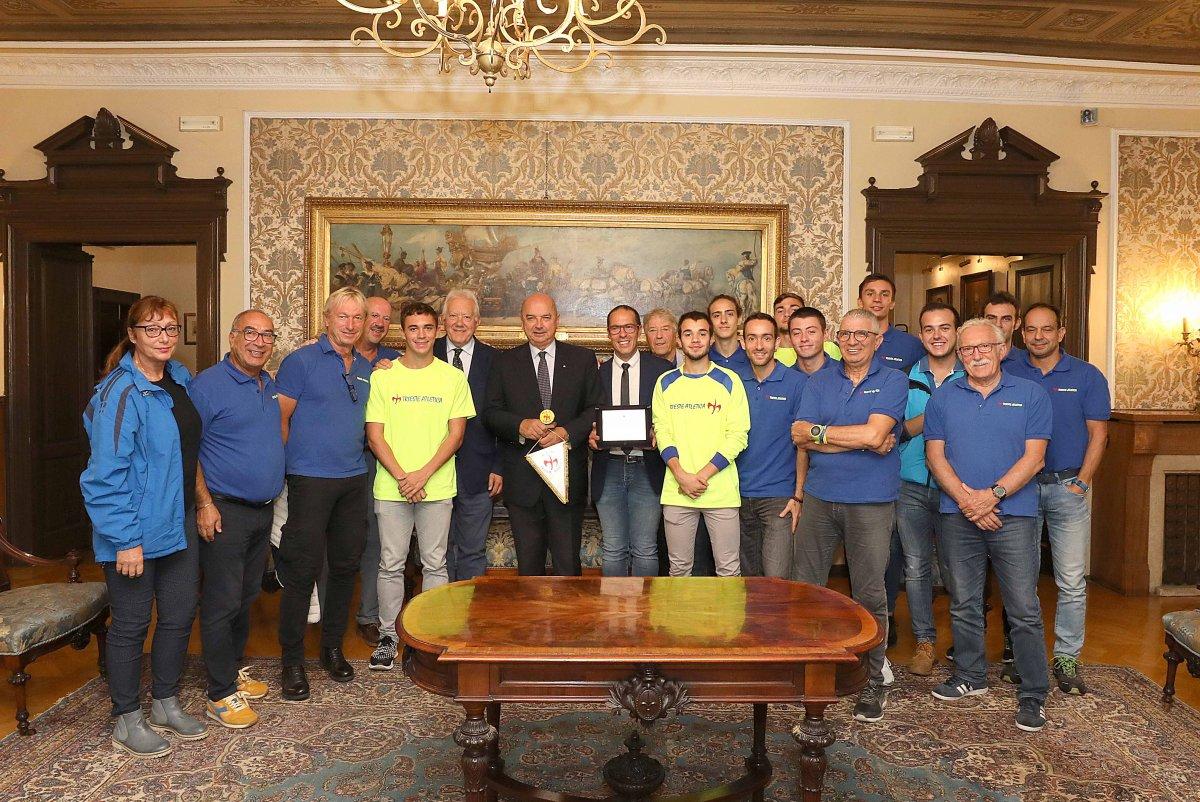 Trieste Atletica premiata in Municipio per la finale oro ai Campionati Italiani di Società