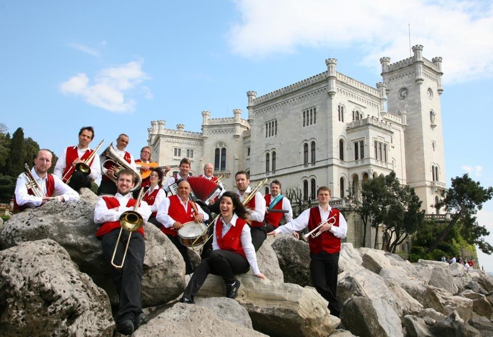 Orchestra Vecia Trieste, venerdì concerto-evento alla Società Velica Barcola Grignano
